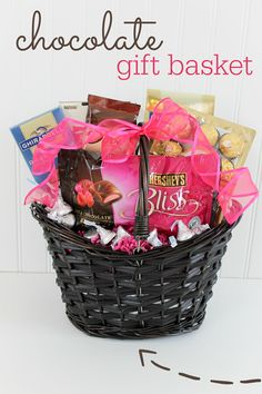Mother& Day Chocolate Gift Basket idea from Ginger Snap Crafts Mother's Day Gift Baskets, Raffle Baskets, Mothers Day Baskets, Wine Baskets, Simple Gifts, Love Gifts, Craft Gifts, Diy Gifts, Mothers Day Chocolates
