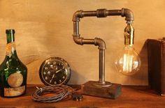 Gradation industriel Eclairage - lampe Steampunk - Table - Edison lumière - Vintage lampe - lampe - lampe de chevet - éclairage rustique de la canalisation