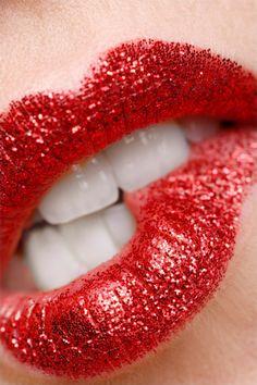 Beauty Makeup Lips.........  REGISTER FOR THE RMR4 INTERNATIONAL.INFO PRODUCT LINE SHOWCASE WEBINAR BROADCAST at: www.rmr4international.info/500_tasty_diabetic_recipes.htm    .......      Don't miss our webinar!❤........