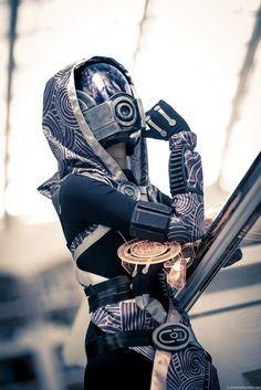 Mass Effect cosplay: Stunning Tali