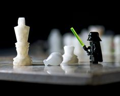 https://www.extremetech.com/wp-content/uploads/2011/06/darth-vader-vs-chess-pieces.jpg