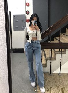 Teen Fashion Outfits, Retro Outfits, Mode Outfits, Girly Outfits, Cute Casual Outfits, Stylish Outfits, Simple Outfits, Korean Girl Fashion, Korean Street Fashion