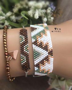 Loved colors🍂🍂🍁 Ethnic pattern💟 Design✂️ & Photo📸 mDm miyuki – – – – – – – – – – – – – – – – – – – – – – – – – – For information ➡️Dm… Source by Seed Bead Jewelry, Bead Jewellery, Beaded Jewelry, Handmade Jewelry, Bead Loom Bracelets, Beaded Bracelet Patterns, Seed Bead Patterns, Beading Patterns, Diy Schmuck