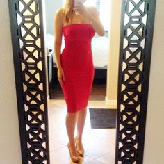 """SALE • NWOT Bebe Strapless Solid Midi Dress Price is firm.  88% nylon, 12% spandex Center back to hem: 33"""" (84 cm) Bra shelf Hand wash Made in USA with imported materials Model is 5'9"""" and is wearing a US size S, I'm 5'6"""" and wearing mine in S also in first pic. I adore this dress but still haven't worn it so can't justify keeping it! Sold out from Bebe stores/online!! bebe Dresses Midi"""