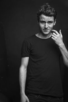Most Beautiful Man, Kos, Handsome, Black And White, Rotterdam, Film, Celebrities, Mens Tops, Movies