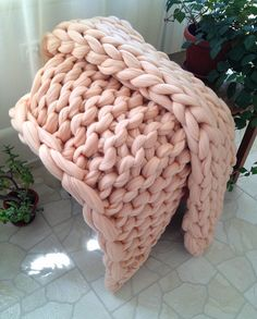 Chunky knit blanket. Chunky knit throw. Arm knit blanket. Super bulky blanket. Merino wool blanket. Giant knit blanket. Fathers day gift