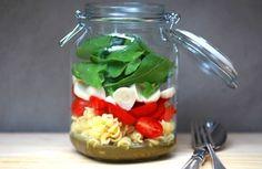 Salada caprese no pote | Panelinha - Receitas que funcionam