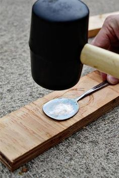 Tutorial ~ DIY Stamped Spoon garden markers