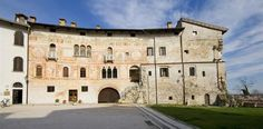 Castello di Spilimbergo Italian Style, Bella, Places To See, Wanderlust, Mansions, House Styles, Travel, Collection, Castles