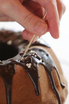 Tämän kakun resepti on paras, jonka Johanna Petäjäjärvi tuntee. Hän sai sen naapurin mummolta.