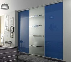Sliding Closet Doors to Hide Storage Spaces and Create Clear, Modern Interior Design Sliding Door Wardrobe Designs, Sliding Door Design, Modern Sliding Doors, Sliding Closet Doors, Hallway Closet, Modern Door, Modern Wall, Modern Contemporary, Bedroom Cupboard Designs