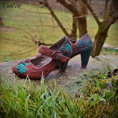 Handmade decorated unique shoes...made on order...  #shoes #decoden #polymerclay #brown #cinamon #turquoise