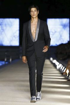 4d3b3b2bb11 Get titled for Dirk Bikkembergs the new presentation menswear clothing line  at Milan Fashion Week for its Spring Summer