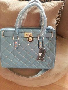 $40 Tiffany blue handbag