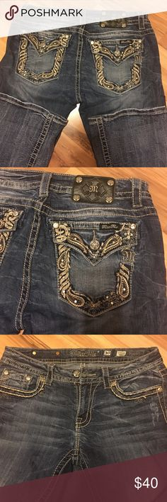Miss Me Jeans Women's Miss Me jeans. All Stones intact. Smoke free, pet free home. Never dried. Open to reasonable offers via offer button. Miss Me Jeans Boot Cut