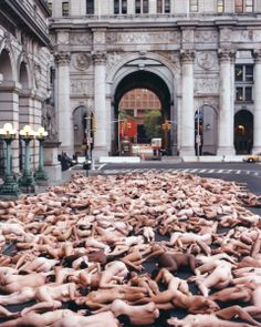 Relationships, NYC, 1998 The work of Spencer Tunick.