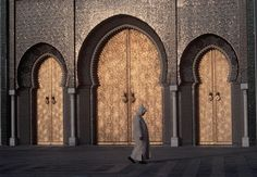 """morobook: """" Morocco Fez. Alaouites square. The golden doors of the Royal Palace 1986 """""""