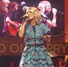 Grand Ole Opry - 10/08/2016 - Courtesy of Tommy - Carrie-Photos.com || Biggest Carrie Underwood Photo Gallery