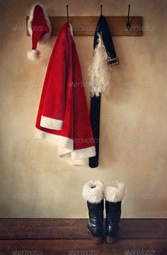 Lovely idea for an entry way at Christmas
