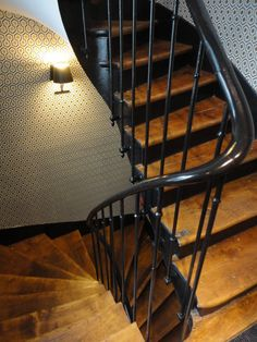 Petit séjour à Paris ... Iron Stair Railing, Wrought Iron Stairs, Cafe Design, House Design, Victorian Style Decor, Stairs To Heaven, Take The Stairs, House Stairs, Stairways
