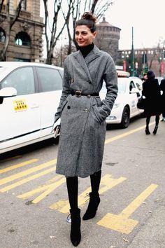 Street Style: Giovanna Battaglia in Milan Belt that coat Giovanna Battaglia, Winter Looks, Winter Style, Blusas Oversized, Fashion Editor, Fashion Trends, London Fashion, Moda Boho, Vogue