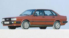 Audi 80 Quattro Galt als das Über-Spießer-Auto. Heute denkt man: Angenehm eckig! Bauhaus! Design von Giugiaro! Eine Wohltat zwischen den Aggro-Schmelzkäsefratzenkühlermäulern der meisten SUVs. Eigentlich sogar schöner als der Ur-Quattro als Coupé. Mehr Spaß macht nur der Nachfolger RS4. PrevNext