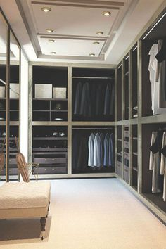 Elegant walk-in closet design | Bedroom decor ideas | Bedroom design| Luxury bedroom | Contemporary Bedroom | For more inspirational ideas take a look at: www.homedecorideas.eu