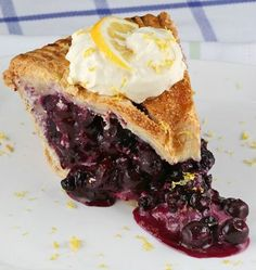 This double crusted dorie blueberry pie is calling your name.