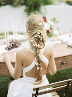 A pretty boho hairdo: http://www.stylemepretty.com/destination-weddings/2015/09/08/romantic-whimsical-douro-inspired-shoot/ | Photography: Lounge Fotografia - http://www.loungefoto.com/