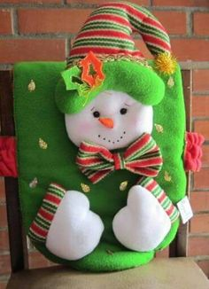 Un día como h,oy Christmas Sewing, Christmas Love, Christmas Snowman, Christmas Projects, Holiday Crafts, Xmas, Christmas Ornaments, Holiday Decor, Felt Crafts
