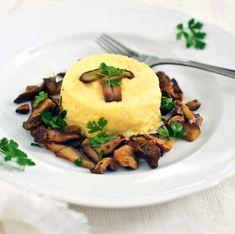 Budino salato di povere origini tipico del Piemonte, la tartrà ha il profumo dei porcini e delle erbe aromatiche. Scopri la ricetta di Sale&Pepe.