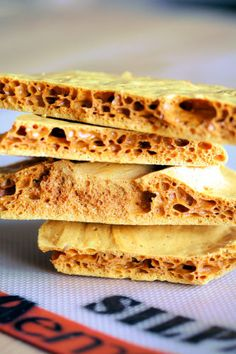 Ohh homemade honeycomb. I could make this & add it to my ice cream machine...hmmm.