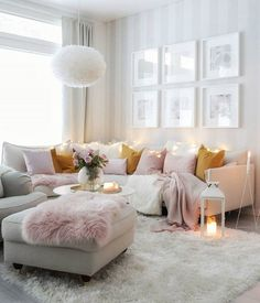 The beautiful, cosy living room of 👈🏻 Good night all ✨ . Shabby Chic Bedrooms, Cosy Living Room, Chic Home Decor, Living Room Scandinavian, Cozy Living Rooms, Living Room Designs, Glam Living Room, Living Room On A Budget, Room