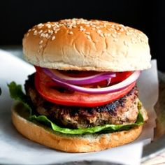 Turkey burgers with green garlic and parsley