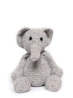 ❤ That is just the most adorable little man! Cute Crochet, Crochet Toys, Knit Crochet, Yarn Projects, Crochet Projects, Baby Boys, Crochet Elephant, Crochet Decoration, Elephant Nursery