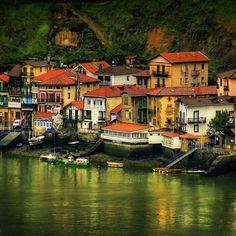 PASAI DONIBANE GIPUZKOA EUSKAL HERRIA / Pays Basque. Photo By Helena Manso.