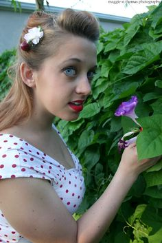Photo of Jolie Goodnight taken by Maggie St. Thomas in 2005. It was my very first pin up photo shoot!    #pinup #joliegoodnight #retro #hair    Maisonette: Jolie Goodnight's Blog: {My Very First Pin Up Photo Shoot}