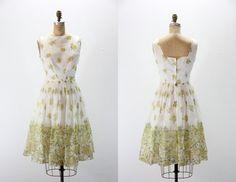 Vintage Dress Floral Border Print by VintageStylez on Etsy Vintage Party Dresses, Full Skirts, Border Print, Floral Border, 1950s, Floral Prints, Tulle, Chiffon, Roses