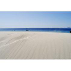 Marina Madeddu Spiaggia le dune Teulada 278 Tipo: Photography 45cm x 30cm Carta: Hahnemühle Museum Etching Numero di Serie: 25 Numero Disponibile: 25 € 95,00