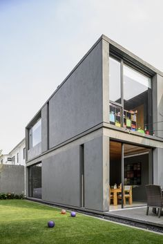 Concrete Architecture, Residential Architecture, Modern Architecture, Concrete Houses, Property Design, Minimalist House Design, Box Houses, Container House Design, Facade House