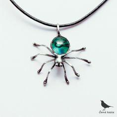 Zelená vdova - náhrdelník