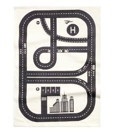 Tapis circuit voiture 3 - H&M HOME 90X130   29,99€