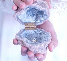 Jewelry OFF! Natural Geode Agate Box Wedding Ring Box Perfect for Ring Display Holder Engagement Ring Box Wedding Decor Crystal Jewelry Box Ring Holder Wedding, Wedding Rings, Ring Holders, Cute Jewelry, Bridal Jewelry, Jewelry Box, Jewellery, Ring Displays, Jewelry Quotes