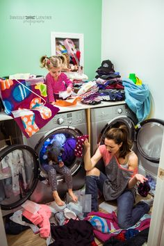 """Stay-at-home mom Danielle Guenther decided to turn her photography hobby into a business two years ago. As a lifestyle photographer, she takes beautiful pictures of families. But it's the awkward moments some parents might wish to hide that Guenther is most interested in. The collection is called """"Best Case Scenario."""" (via source)"""