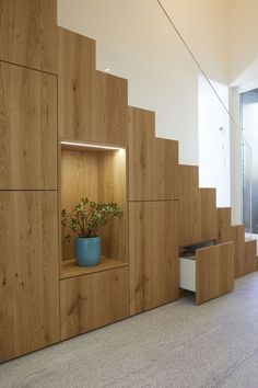 Home Stairs Design, Home Building Design, Home Room Design, Modern House Design, Home Interior Design, Staircase Storage, House Staircase, Stair Storage, Space Under Stairs