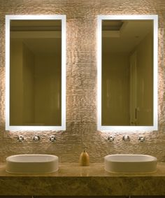 LED lighted mirror with beveled edge perfect for bathrooms. The NEW Facet™ lighted mirror meets UL/cUL standards. Made in USA and available in 4 sizes. Mirror Tv, Bathroom Mirror Lights, Beveled Mirror, Mirrors That Light Up, Mirror With Lights, Lighted Mirror, Traditional Bathroom Mirrors, Electric Mirror, Illuminated Mirrors