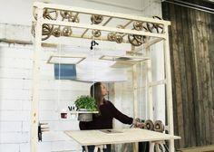 iDesignMe_CRANE-IT-by-Micaela-Nardella_4 http://idesignme.eu/2013/07/crane-it-by-micaela-nardella/ #desk #office #trends #wood #italiandesign #italy #craneit #workstation #work