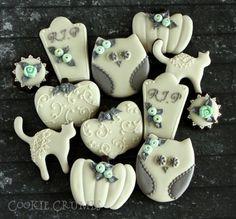beige & grey halloween cookie | Cookie Connection