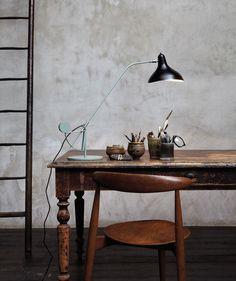 The Mantis Lamp BS3 av Bernhard Schottlander