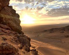 Overlooking the fringes of the Sahara near Zagora Morocco. [3071x2448] [OC]
